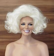 Marilyn Monroe 2.0 - Gigantische BIG HAIR Volumen Perücke in weißblond