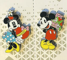 Disney Collector Pin Valentines Mickey and Minnie 2020