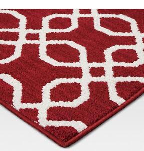 """NEW Threshold Red + White Trellis Print Throw Rug Runner 22"""" X 84"""" Rubber Backed"""