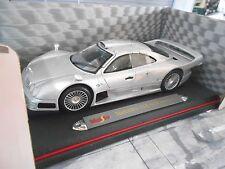 MERCEDES BENZ CLK GTR LM GT Street silver silber Maisto RAR 1:18