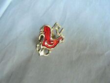 Cool Vintage Rhode Island Red Hen State Bird Souvenir Enamel Lapel Pin Pinback
