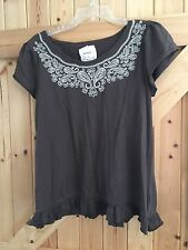 """Evie With Love Brown Top Size 18-20 Chest 40""""-42"""" Embroidered Detail To Neck."""