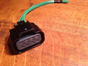 Xenon Headlight Connector Pigtail For 2007-14 Cadillac Escalade NON PLATINUM
