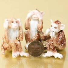 3 WISE MONKEYS SEE HEAR SPEAK NO EVIL CERAMIC POTTERY ANIMAL MINIATURE FIGURINE