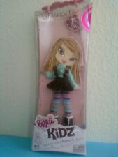 Girlz Girl Bratz Kidz Winter Time Doll Fashion Pack Skirt Top Leggings BOOTS