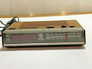 VTG GE General Electric Alarm Clock AM/FM Radio 7-4624A Wood Grain TESTED WORKS