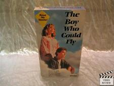 The Boy Who Could Fly (VHS) Jay Underwood Lucy Deakins Fred Savage; Very Good