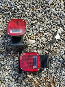 Universal Truck Tail Lights DOT 9130 With L Brackets