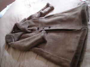 genuine vintage real sheepskin coat jacket english lady size 38 ? 12 to 14 vgc