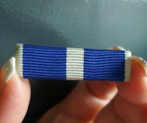 F05I13 support avec ruban pour réduction agrafe barette médaille militaire