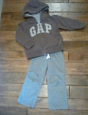 Euc! Boys Gap Brown Hooded Zip Up Sweatshirt & Carters Fleece Pants Pants 2T