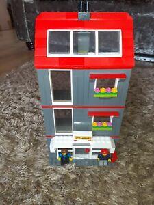 LEGO BUILDING + PEOPLE