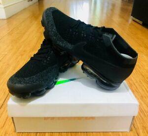 Nike air vapormax flyknit Black/Grey Size UK 8.5