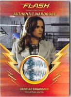 Flash Season 1 Wardrobe Costume Relic Card Caitlin Snow Danielle Panabaker M12 C