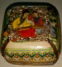 BELLE PETITE ANTIQUE ASIATIQUE boîte avec couvercle en porcelaine et métal