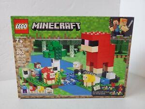 LEGO MINECRAFT 21153 The Wool Farm  260 pc Building Toy, make 3 builds ~ NIB