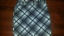 The Limited black and white straight career/business skirt size 6 NWT