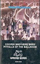 MUSICASSETTA   COOPER BROTHERS BAND - PITFALLS OF THE BALLROOM    sigillata (23)