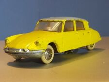 French Dinky Toys Citroen DS 19  - #24C