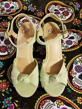 Heart In D Mint Green Bow Knot Wedges Size 9