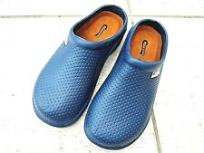 NEW Town & Country blue lightweight patterned CLOGGIES--Size 11 UK adult.