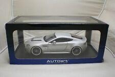 Autoart 1/18 Aston Martin vantage V12 with modified Aluminium Wheels