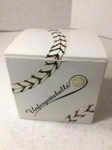 *NOS* New York Yankees Stadium Unforgettaballs 2008 Final Game Baseball Ball