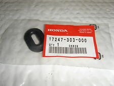Honda NOS CB750K CB750SC Side Cover Grommet 500 550 750 350 450 17247-303-000