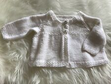 Baby Girls / Baby Boys White Hand Knitted Cardigan Size 0-3 Months Bear Buttons