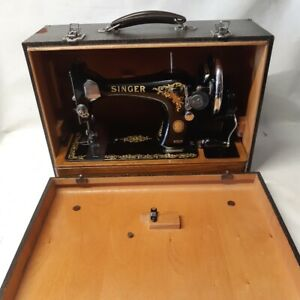 1956 SINGER 128K in new like condition with accessories