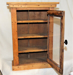 VINTAGE DOLLHOUSE MINIATURE PRIMITIVE HAND MADE WOOD CURIO CABINET w/GLASS FRONT