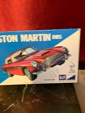 MPC ASTON MARTIN DB5 1/32 SCALE #7502 NEW OPEN BOX