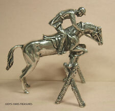 800 SILVER SHOW JUMPING A HORSE 3 x 2.75 x 1.75 INCHES  69.10gr. MADE IN ITALY