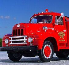 Rare - QUAD TOWNSHIP 1957 IH Firetruck - First Gear