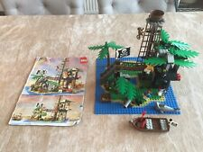LEGO Pirates Forbidden Island (6270)