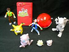 Pokemon Pokedex - Nintendo 1998 Plus Figures some vintage