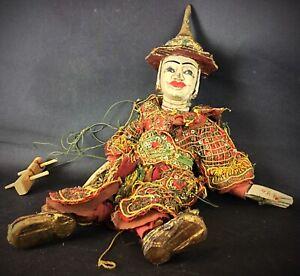 Ancienne XIXème marionnette de Birmanie en bois, terre cuite et tissus