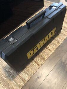 DeWalt D25901K Heavy Duty SDS Max Demolition Hammer with Shocks & Extra Bits
