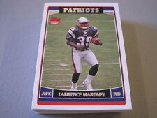 R51 LOT OF 43 2006 TOPPS FOOTBALL LAURENCE MARONEY RC ROOKIE PATRIOTS Card #373