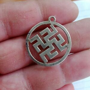 amulet silver