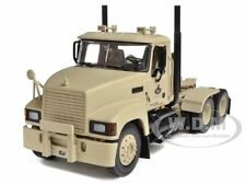 MILITARY MACK PINNACLE AXLE FORWARD TRACTOR DEFENSE,LLC 1/34 FIRST GEAR 19-3973