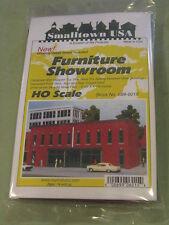 "Smalltown USA HO #699-6015 Furniture Showroom -- Kit - 9-1/2 x 4-1/8"""