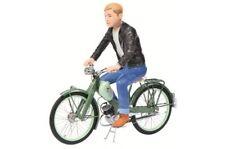 Motorräder-Modelle aus Kunststoff im Maßstab 1:10