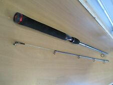 SHAKESPEARE UGLY STIK GX2  6 foot 6 inch two piece spinning rod #USSP662M