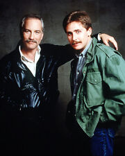 Stakeout [Cast] (37422) 8x10 Photo