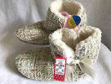 NWT Primark Womens L 7 8 Boucle Cream Faux Fur Slipper Boots Booties Shoes Warm