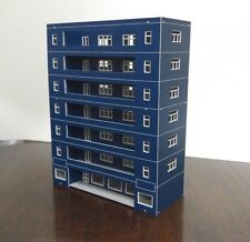 HO scale Painted building ( 7 - storey Building ) 1:100 HO gauge model train E