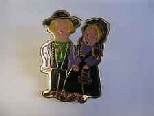 Lions Club Pin Vintage Rare Pilgrims amish  Birdsboro Man Wife couple