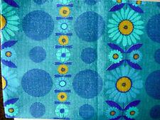 coupon de tissu années 70, fleurs bleues, Sunny modèle Sumatra, 130 par 165 cm