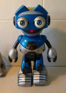"TIGER ELECTRONICS VINTAGE BLUE ""OTTOBOT""  ROBOT - 2001 - TALKS, WALKS, INTERACTS"